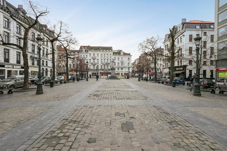 Place Anneessens - Bel appartement 2 chambres