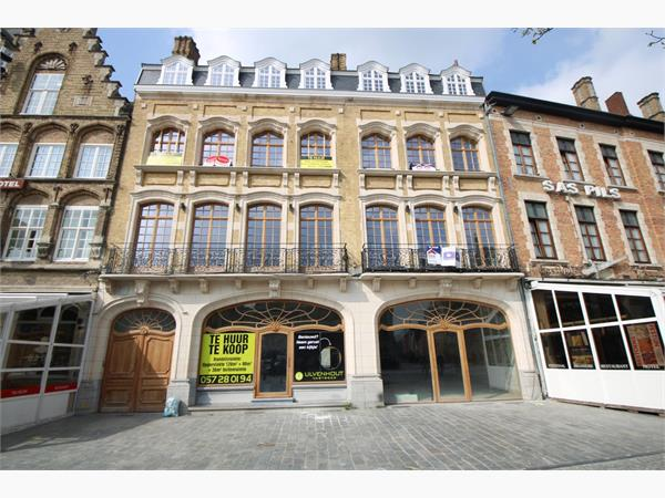 CASCO HANDELSPAND (216 m²) IN CENTRUM IEPER MET TUIN (36 m²)