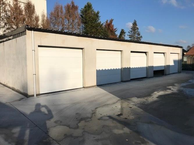 Garage box te koop in Baasrode