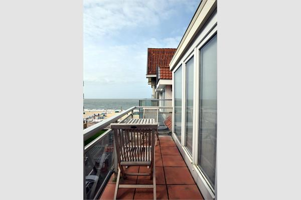 Roof appartement sold in De Haan