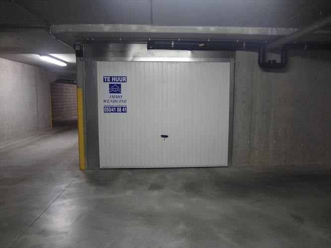 Gesloten garage - centrum Wenduine