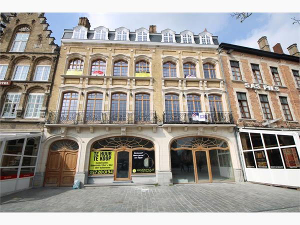 CASCO HANDELSPAND (305 m²) IN CENTRUM IEPER MET TUIN (140 m²)