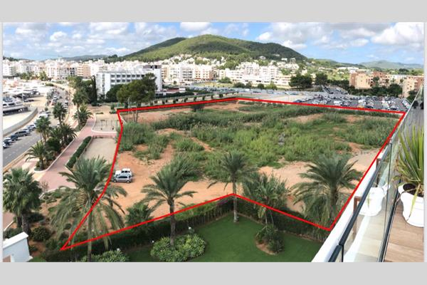 TOP SEAFRONT PROJECT-DEVELOPMENT GROUND IN SANTA EULALIA IBIZA ISLAND FOR 150 LUXURY FLATS AND 200 UNDERGROUND PARKING SPACES !!!