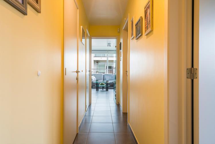 Recent 2-slaapkamerappartement incl. garagebox en privatieve berging!