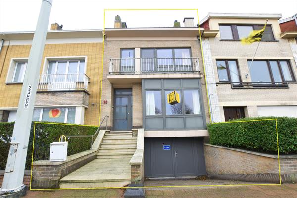 Ruime bel-étage met 4 slaapkamers in Blankenberge