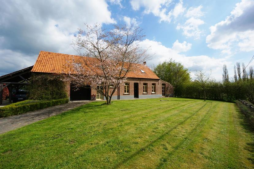 Farm sold in Sint-Katelijne-Waver