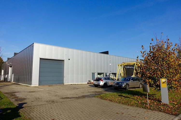 Unit ca. 305m² in KMO-zone Starrenhoflaan te Kapellen