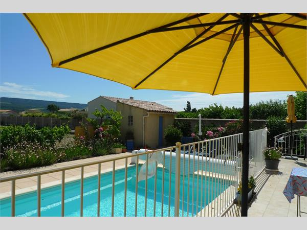 Villa for sale in Saint-Maurice sur Eygues