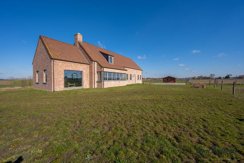 Dwelling for sale |  with option - with restrictions in Kortemark