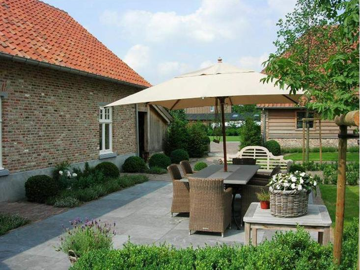 Country house sold in Grote-Brogel